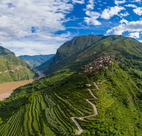 off-the-beaten-track-experiences:-discover-the-legendary-trade-route-with-lux*-tea-horse-road-china