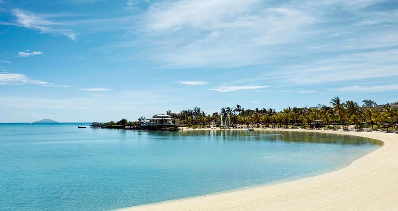 img1: our collection of luxury hotels LUX* Grand Gaube Resort & Villas