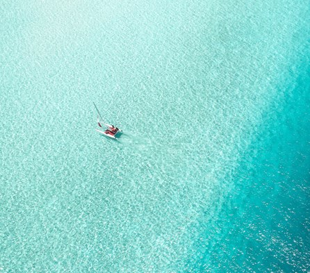 Learn to Sail in the Maldives
