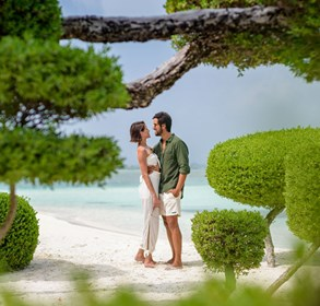 lux*-south-ari-atoll-resort-&-villas-celebrates-all-encompassing-love-this-valentine's-day