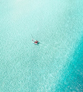learn-to-sail-in-the-maldives