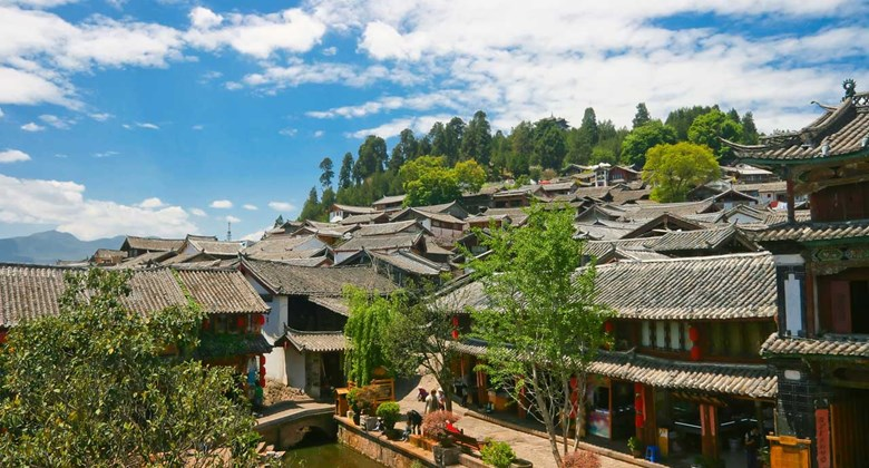 <p>lux*-lijiang-retreat</p>
