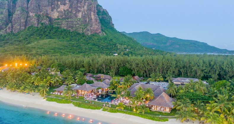 img1: our collection of luxury hotels LUX* Le Morne Resort